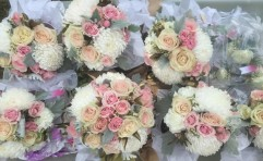 Blush and Gold Bouquets